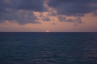 Täglicher Sonnenuntergang nach erledigter Arbeit