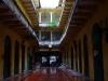 Verregneter Innenhof