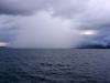 Ein kleiner Sqall mit heftigem Regen.
